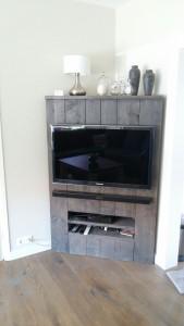 tv hoek kast van steigerhout