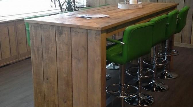 tafel van gebruikt steiger hout
