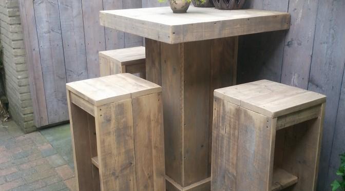 sta tafel van gebruikt steigerhout